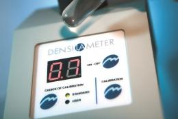 Оптичний прилад для визначення мутності бактеріальної суспензії Денсі-Ла-Метр ІІ